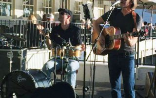 Dave Naves and Steven Menconi performing at Rio City Cafe in Old Town Sacramento